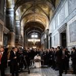 Visita à la Papa em Istambul